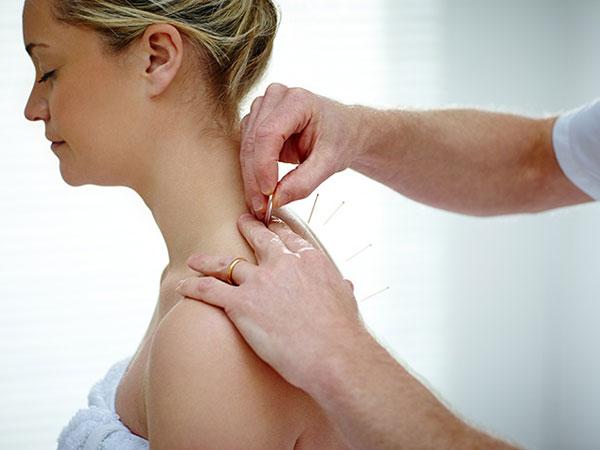 acupuncture-in-pregnancy-img1-delhi-ivf